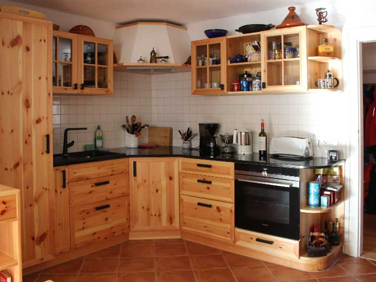 Rustikale Einbauküche, Abb. 2