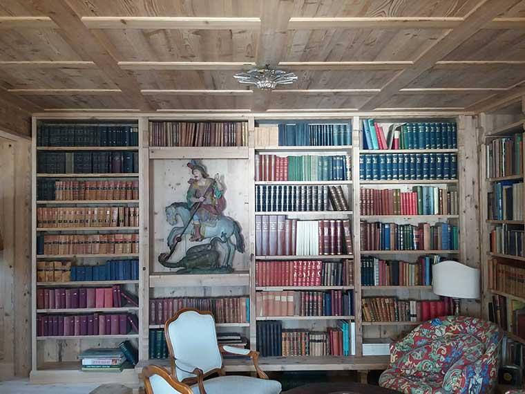 Lesezimmer/Bibliothek in Fichte Altholz